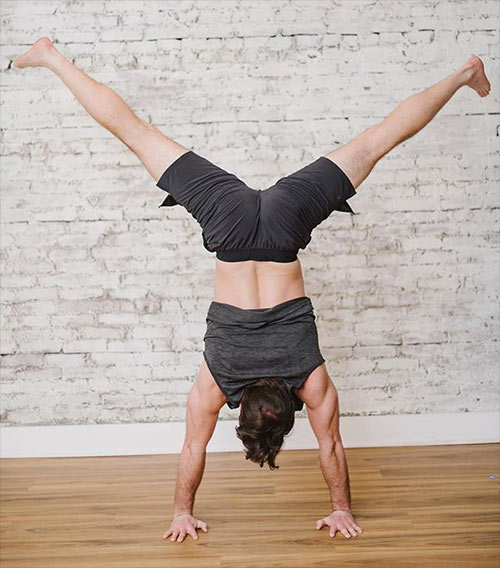 Handstand at HOME with Liz and Matt